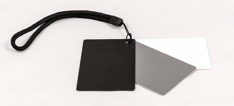 white balance cards best gifts for photographers