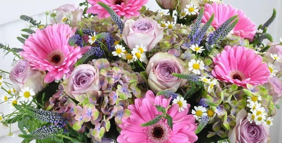 """Blumenstrauß """"Mama ist die Beste"""""""