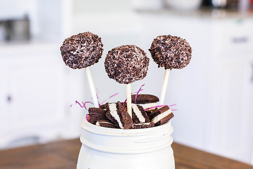 Crazy Cookies & Cream Cake Pop