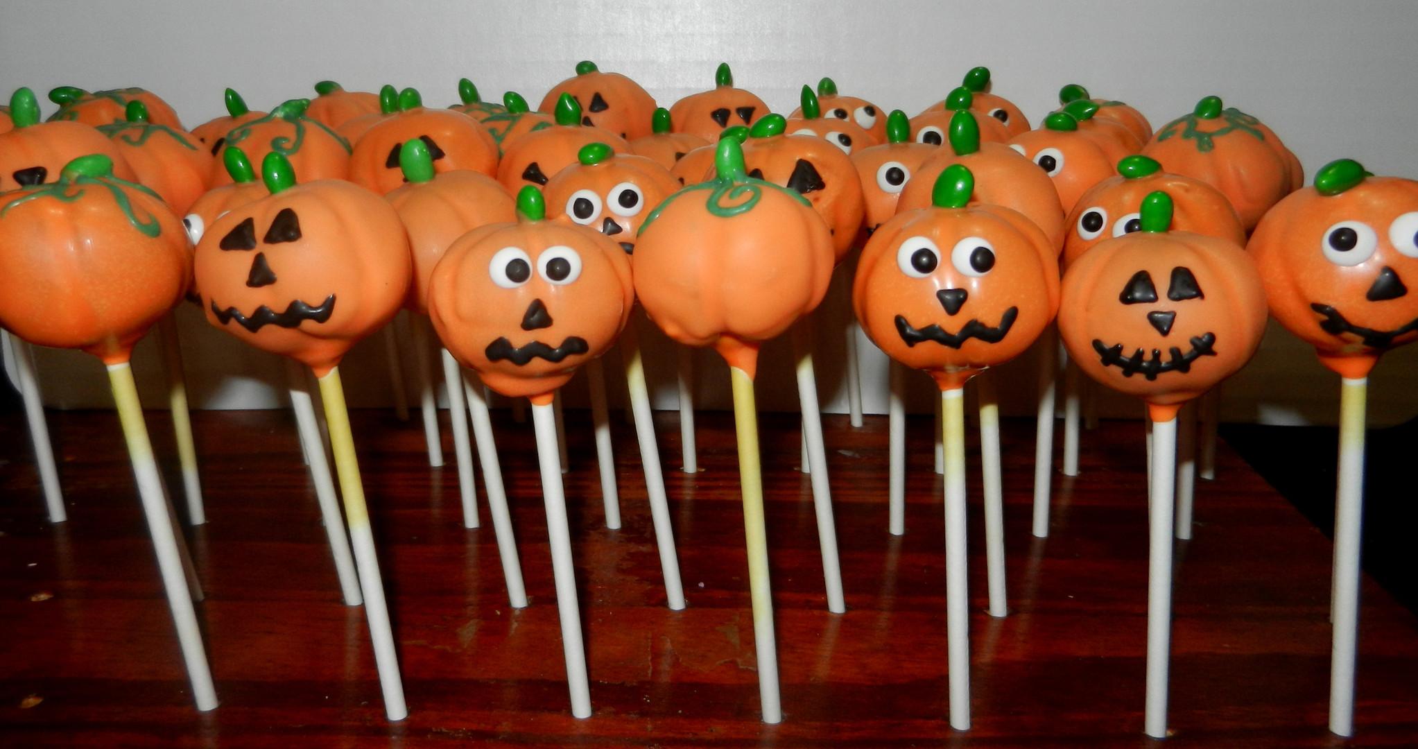 Halloween Pumpkin Cake Pops 2017.JPG