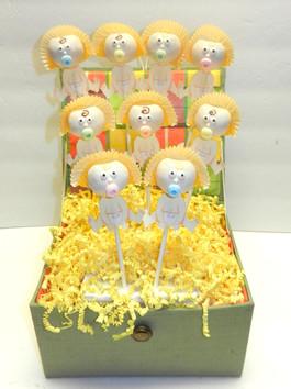 Baby Cake Pop Arrangement.jpg