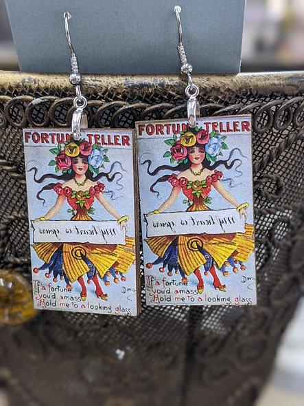Fortune teller gal
