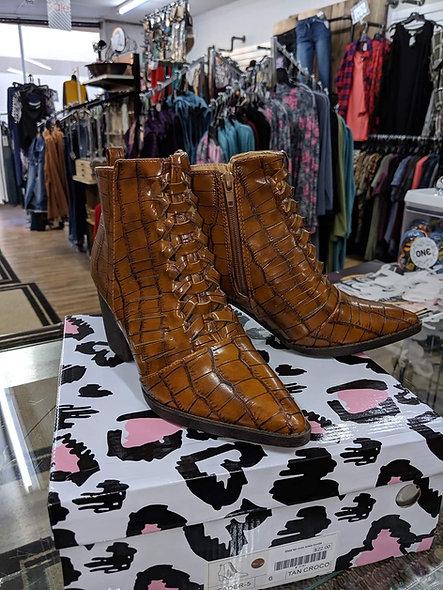 MATA tan crocodile boots
