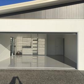 Bribie Island single garage