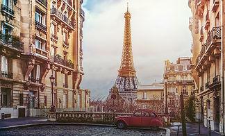 Foto de Paris com carro Citroen 2CV e Torre Eiffell