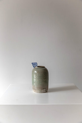 Small vase with shard on thames
