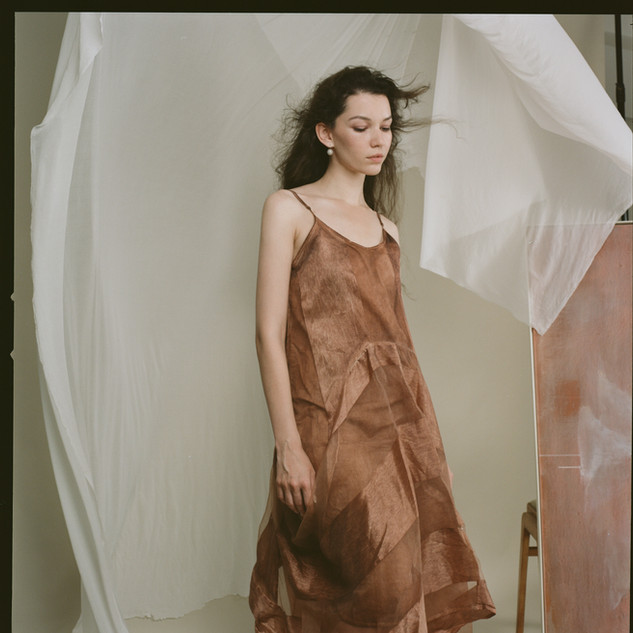 Photographer: @qingyangcc Art director : Max Model: Anna