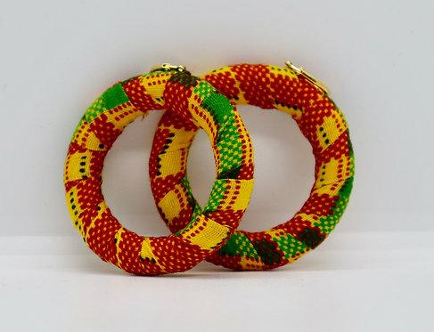 Creolen aus afrikanischem Stoff