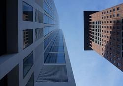 schräge Hochhäuser