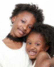 sisters-3484744_1920.jpg