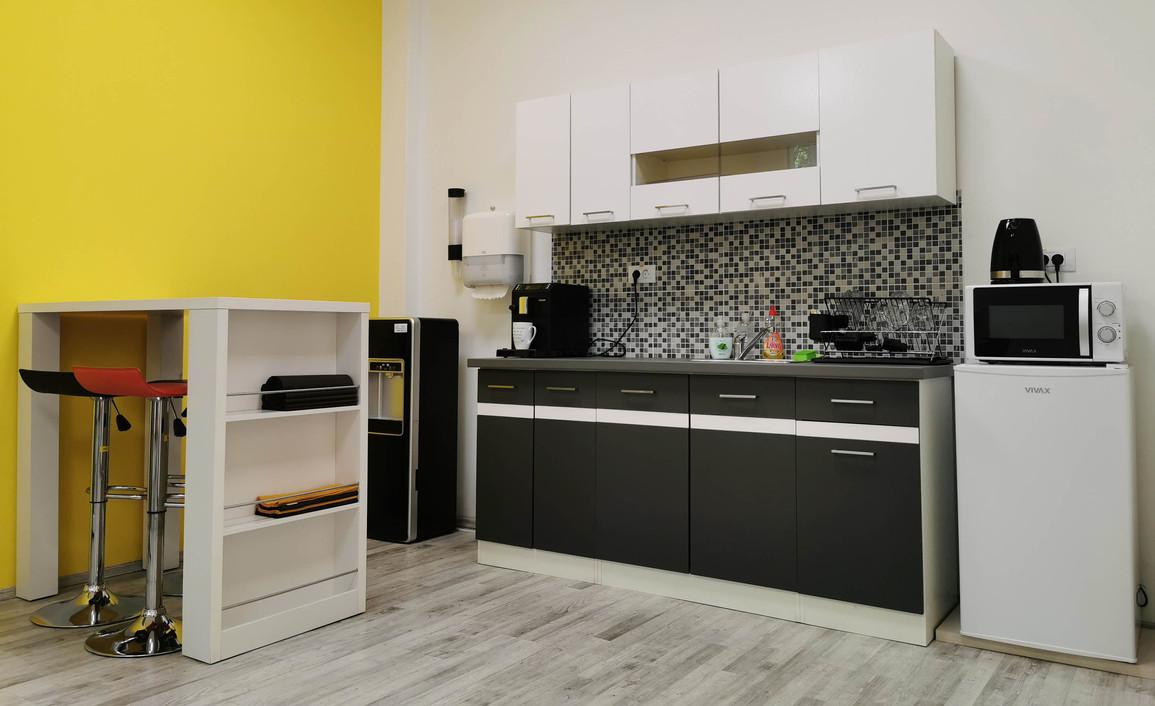 spm-office-sisak-kitchen