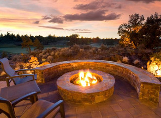 Fire Pits and Cozy Outdoor Areas