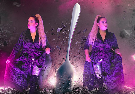 Flaxxon-Silver-Spoon-without_edited.jpg