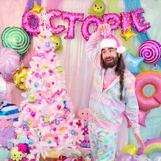 """💕outerwear: """"Sugar Plum Fairy"""" Hoodie 💖top: Blue """"AlpacaCorn Fluff"""" T-Shirt ❄️bottoms: Mint """"Lovely Candy Heart"""" Sweatpants"""