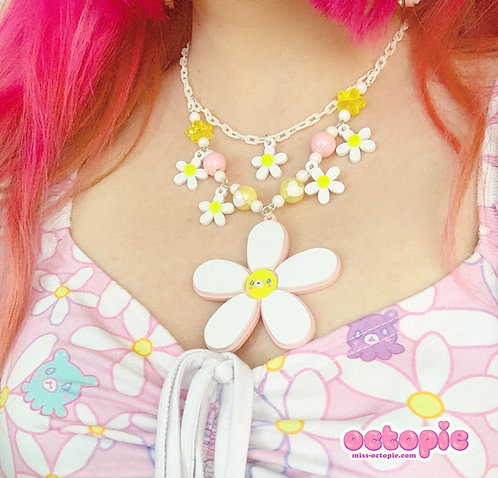 Daisy Cute Large Charm Necklace