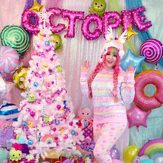"""💕top: """"Sugar Plum Fairy"""" Sweater 🌈bottoms: NEW Pink """"Lovely Candy Heart"""" Velvet Leggings"""