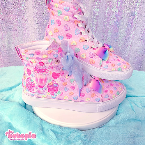 """Lovely Candy Heart"" Hi-Top Shoes"