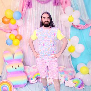 """💐 Blue """"Daisy Cute"""" T-Shirt 💐 Pink """"Daisy Cute"""" Zipper Long Shorts 💐 """"DreamyOcto"""" Hi-Top Shoes"""