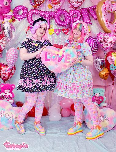 """Lovely Candy Heart"" Short Sleeve Cut Out Dress"