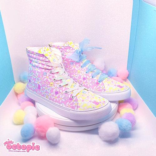 """""""Daisy Cute"""" Hi-Top Shoes"""