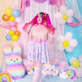 "🌸 Yellow/Pink ""Daisy Cute"" Striped Spaghetti Strap Top 🌸 Blue ""Daisy Cute"" Skirt 🌸 Pink Bow Belt 🌸 Pink ""Daisy Cute"" Hi-Top Shoes"