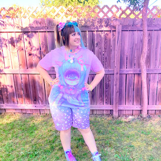 "🌸 ""Pastel-Fairy"" T-Shirt 🌸 Blue ""Starry Eyes"" Zipper Long Shorts 🌸 ""Starry Eyes"" Hi-top Shoes"