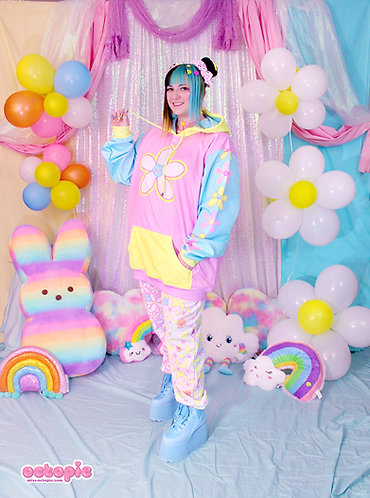 """""""Daisy Cute"""" Color Block Pullover Hoodie"""