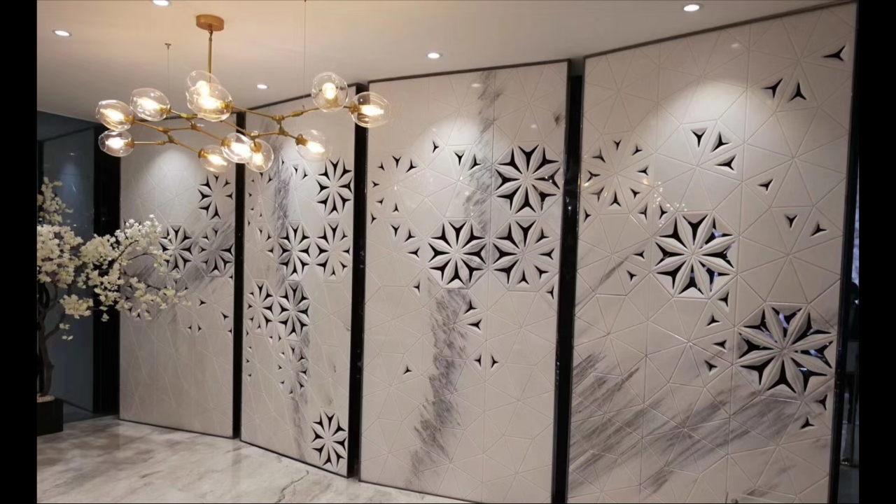 Exquiste screen/room divider in White Marble