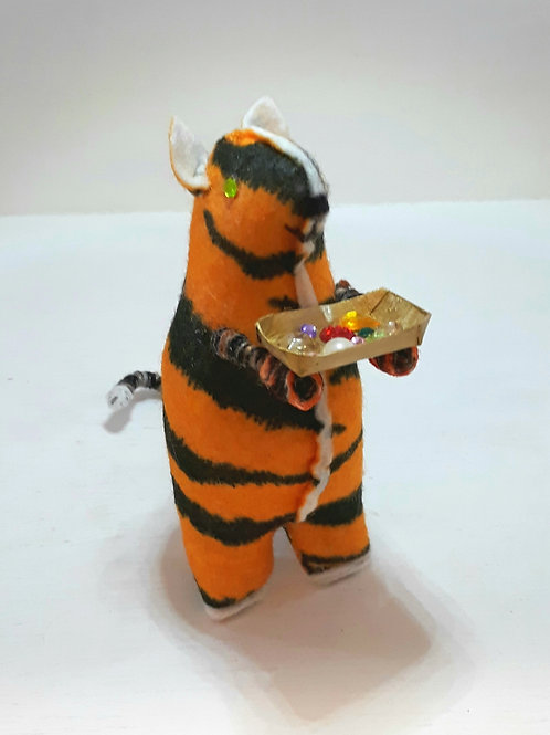 Tiger Cat with Jewels