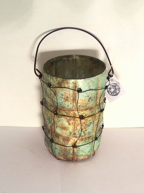 Matted tea light holder