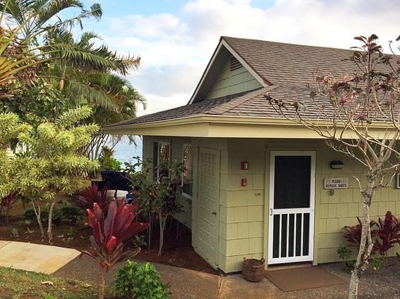 6101: Outdoor Entrance