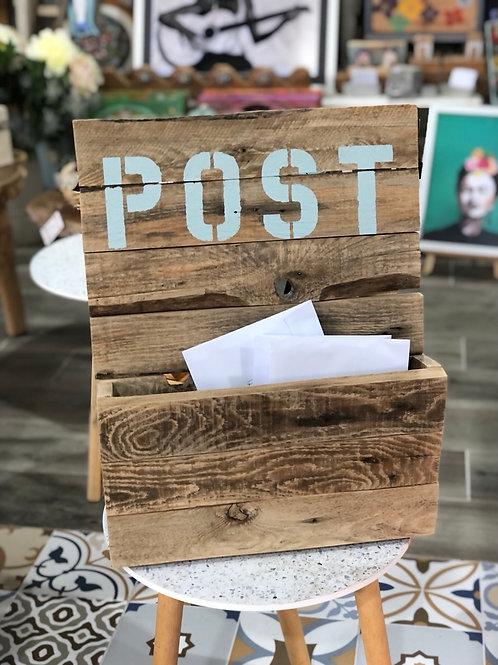 מתקן לדואר