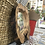 Thumbnail: מראה מסגרת עץ