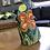 Thumbnail: אבן מקשוטת פרח באור יום