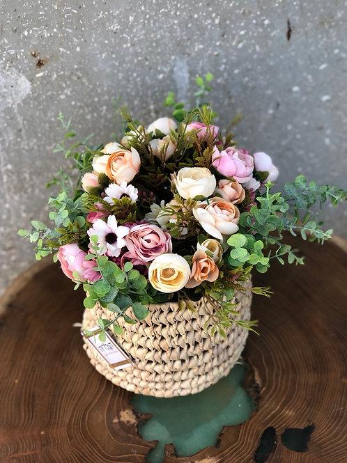 סידור פרחים בקש
