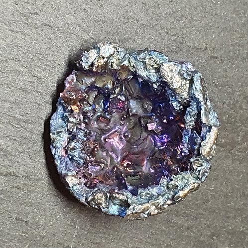 Géode de bismuth  Ø env. 3 cm - 21 g