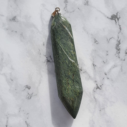 Pendule - Pendentif en pierre Suisse