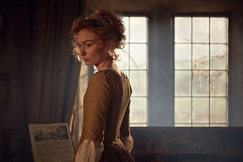 Eleanor Tomlinson films Poldark on set a