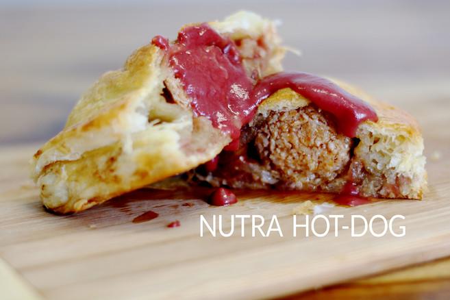 NUTRA HOT-DOG & POGO