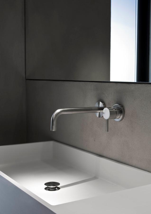 Ottavo kitchen and bathroom collection for Quadro