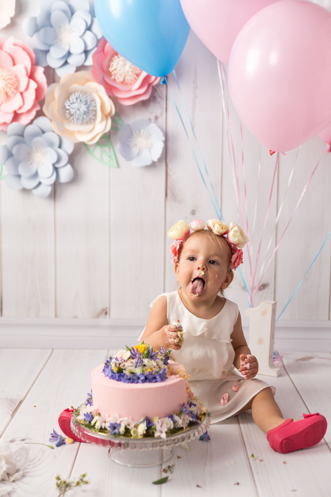 Smash the cake. Такая сладкая традиция!