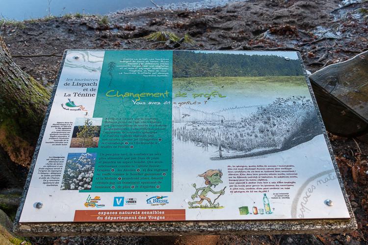 panneau d'information d'un milieu naturel