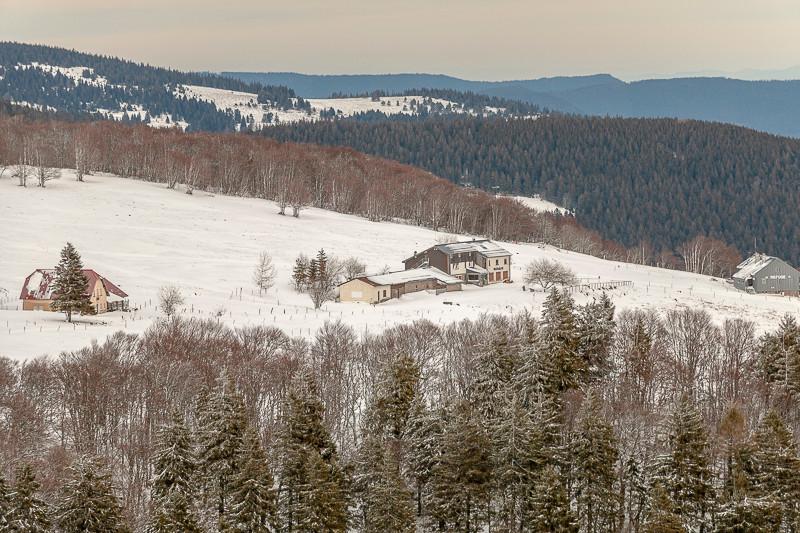 refuge et ferme de montagne