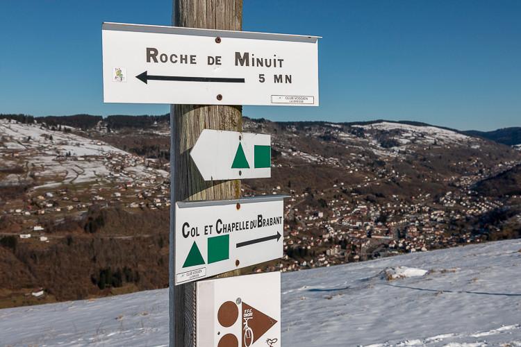 signalisation sur un sentier montagneux