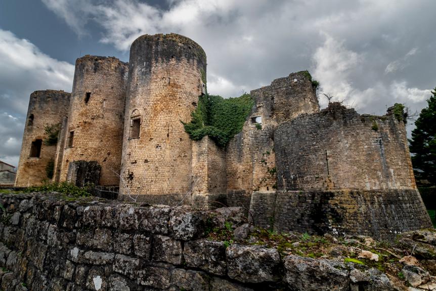 Château de Villandraut, Gironde 25.12.20