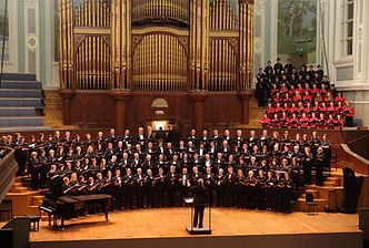 The 'Phil' and Phil Chamber Choir sing Parry's 'Hear my Words'