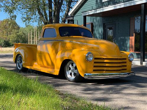 1952 Chevrolet 3100 Pickup w/trailer