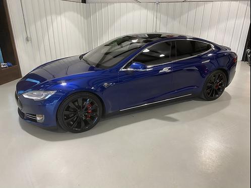 2016 Tesla Model S P90D Ludicrous+