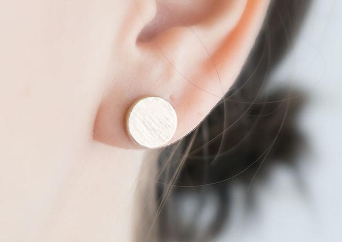 blanc Boucles d'oreilles