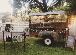 3 Things To Do When Starting A Mobile Bar Business
